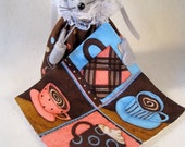 Felt Mouse Quilting a Quilt about Her Love of Coffee