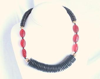 Vintage Red Black Disc Choker Necklace Modernist Carved Black and Red Stacked Disks