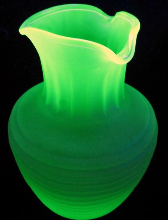 Frigidaire Vaseline Glass Ice Tea Server Bottle Vintage Jar
