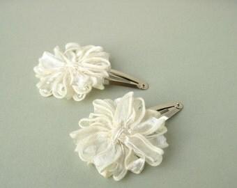 Flower Hair Clips in Ivory Ribbon