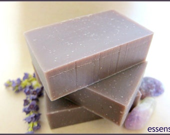 Organic Lavender Cold Process Aromatherapy Herbal Handmade Soap , Ideal for Sensitive Skin , Essential Oil , Vegan , No Gluten - 4 oz