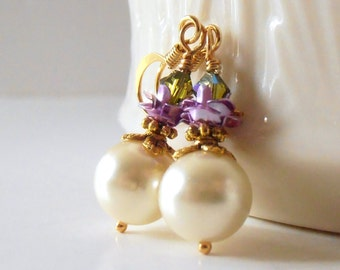 Pearl Earrings, Bridesmaid Earrings, Purple and Olive Green Wedding Jewelry, Romantic Pearl Dangles, Flower Earings, Bridesmaid Gift