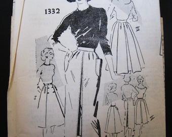 50s Vintage Unused Skirt Pattern, 3 Styles, Box Pleat Full, Pencil & Wrap Skirts, American Designer Tom Brigance, FF Spadea 1332, Waist 26.5