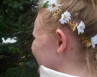 wedding accessories, bridal flower crown daisy hairwreath Country Bride headpiece babys breath hair hippie costume flower girl halo