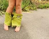 Studded denim shorts - lime