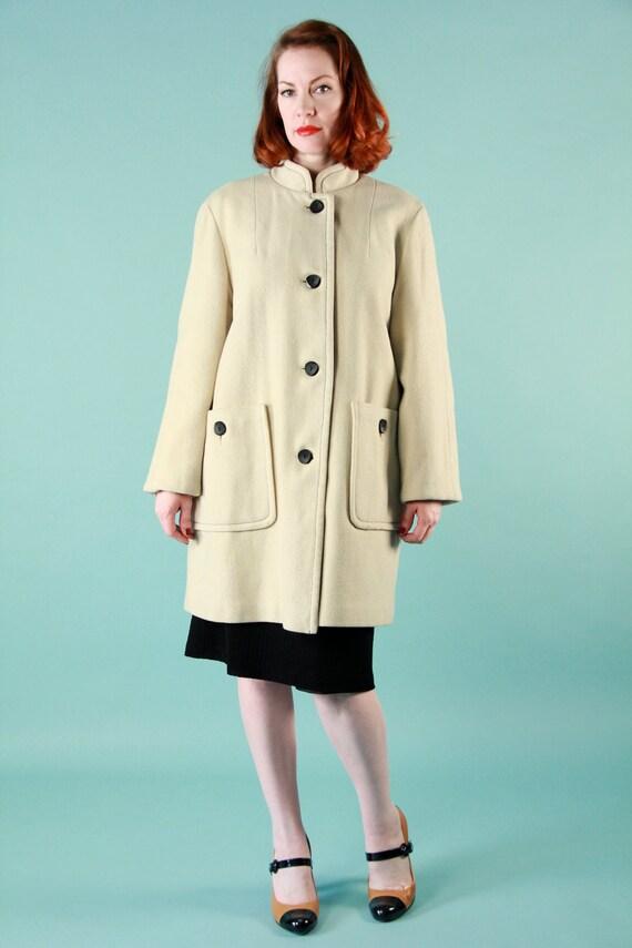 Vintage 60s Mod Ivory Wool Coat Red Plaid Liner Knee Length - Medium