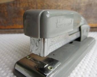 Vintage Mid Century Swingline 99 Stapler Office Desk