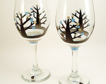 Polka dot woodland trees, hand painted wine glasses, woodland theme, painted glasses, tree wine glasses, set of 2