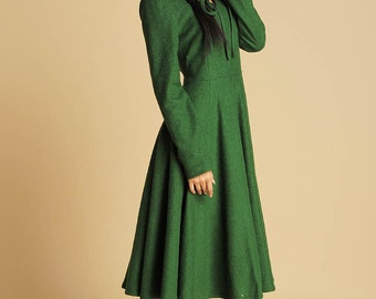 Green dress maxi wool dress with keyhole detail  (374)