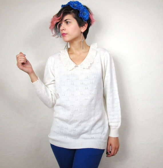 S A L E 80s Princess Cream Peter Pan Collared Sweater (S/M) Reserved