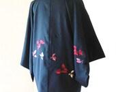 Vintage KIMONO jacket black HAORI pink floral embroidery motif size M ready to ship