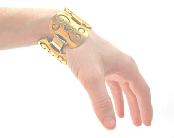 1960's Sarah Coventry Cuff - Art Nouveau Greek Goddess Metallic Gold Ornate Buckle Bangle Bracelet
