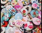 50 Fabric Covered Badges