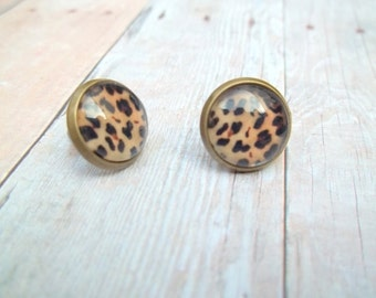 A N I M A L - Animal Leopard Cheetah Print Photo, Glass Cab, Antique Bronze Stud Earrings, 12mm