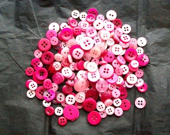 1000 Buttons, SMALL to MEDIUM Berry Blend Pink Buttons, Small Mixed buttons (254 A)