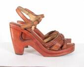 70s Brown WOOD platform Disco Tall Sandal Strap Shoes 9.5