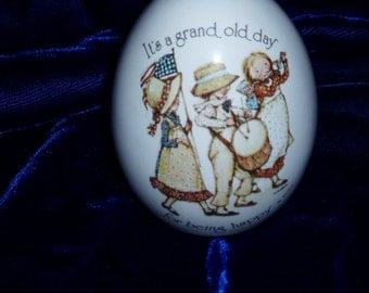 Vintage 70s Holly Hobbie Ceramic Egg Happy Motto Verse Japan