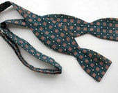 RESERVED for RADLEY - Vintage 1960's Men's Turquoise and Salmon Adjustable Bow Tie