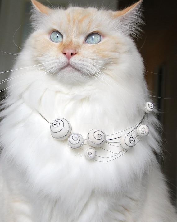 Spirally Haze Cat Hair Necklace
