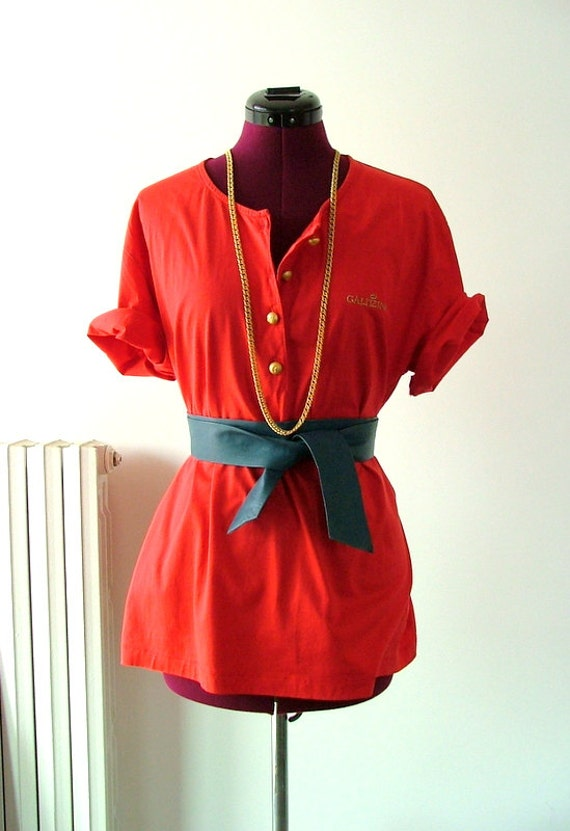 Oversized  vintage red tshirt Made in Italy
