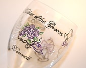 Mother of the Groom Wine Glass Wedding Engagement Glasses Personalized Dated Custom Hand-painted Bride Purple Ivory Black Bouquet Rings Cake