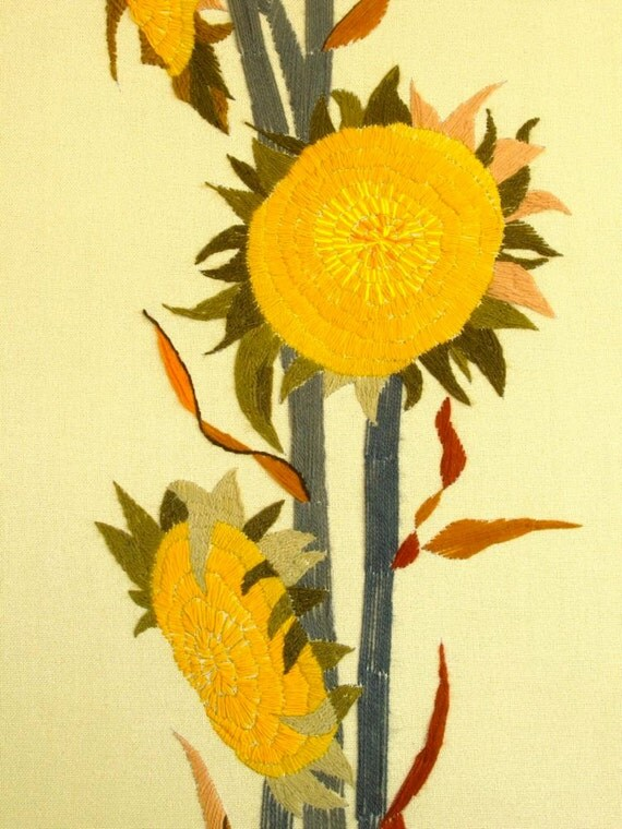 Sunflower Crewel Embroidery Wall Hanging Newly Handmade Vintage Pattern