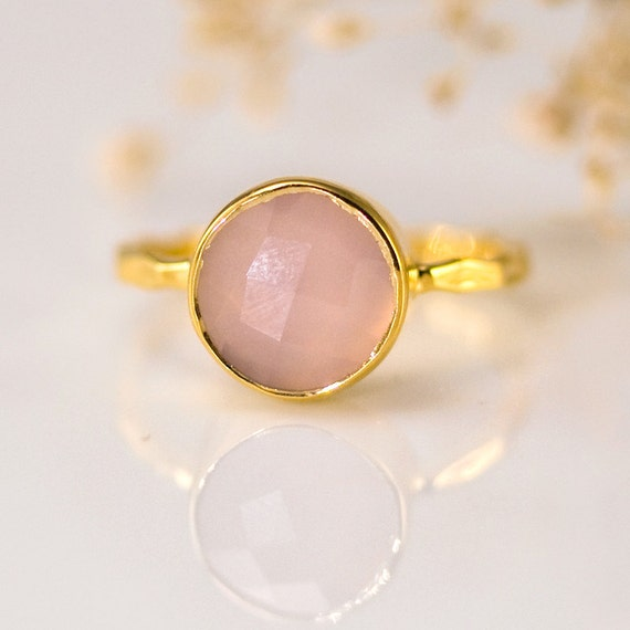 Pink Stone Ring Gold - October Birthstone Ring - Rose Chalcedony Stone Ring - Stackable Ring - Gold Ring - Round Stone Ring - Solitaire Ring