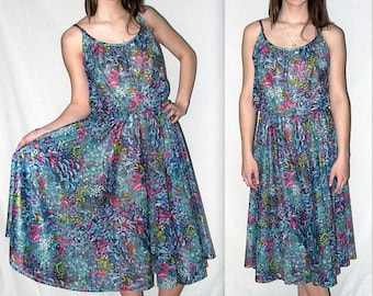 Heaven scent ... vintage 70s sundress / 1970s strappy sun dress floral / boho disco / full skirt high waist midi floral / American Hustle
