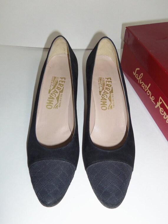ON SALE*** Black Suede Ferragamo pumps, size 7.5