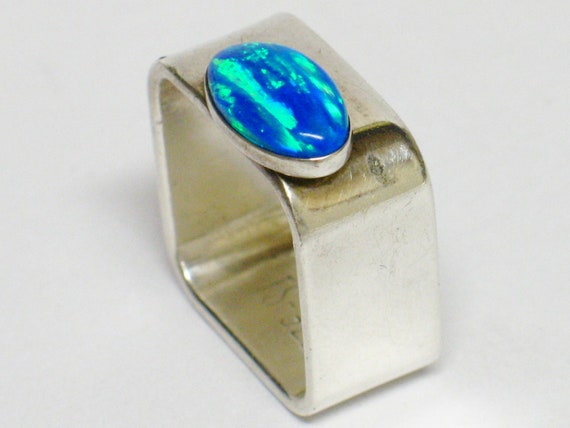 Sterling Silver Ring Simulated OPAL Modernist Inspired Square Shape Ring Size 8 Signed