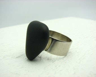 Statement Ring Black Beach Stone Adjustable Wide Band Ring Triangle Ring