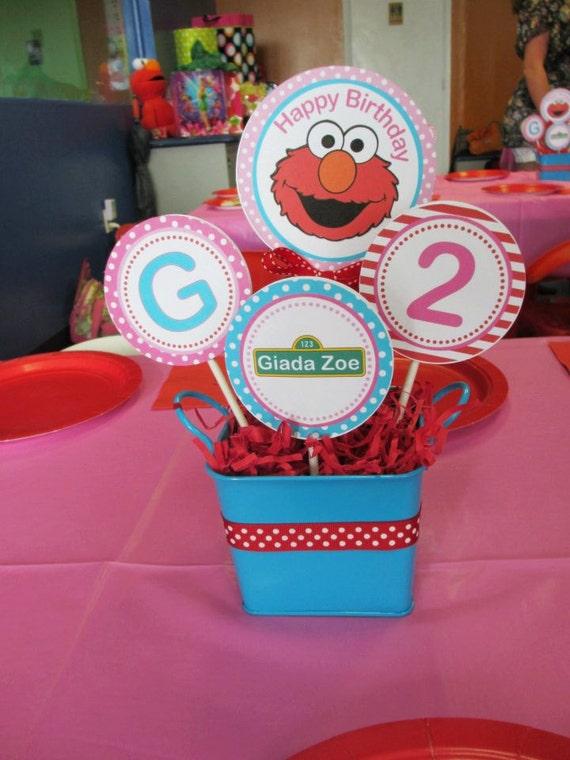 Elmo inspired centerpiece