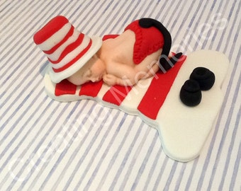 Fondant Baby CAT and the HAT, great cake decorations for your special date, baby shower or birthday party
