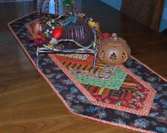 Quilted Table Runner, Autumn