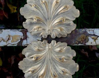 Jumbo Stylized Classic Leaf ( 1pc)