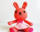 PATTERN : Sugar bunny in pink skirt