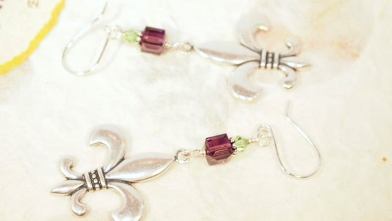 Mardi Gras Earrings. Fleur De Lis Earrings. Fleur De Lis and Swarovski Crystal Dangling Beaded Pierced Earring.  CKDesigns.us
