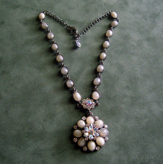 Vintage Necklace Greyish Stones and Aurora Borealis Rhinestones signed SNK