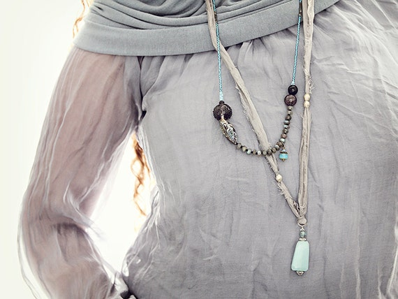 Blue Labradorite Necklace. Beaded Necklace, Statement Jewelry with Abalone, glass and gemstones