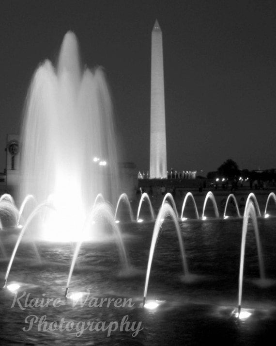 Washington Monument Amp Fountain Black And White By Klairewarren
