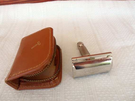 Gillette Tech Travel Razor, J 2 Double Edge Safety Razor with Leather Case,  Made in W. Germany
