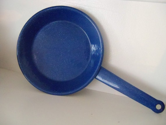 Items Similar To Blue Granite Ware Vintage Frying Pan