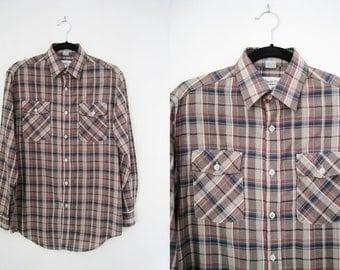 Vintage Men's Plaid Shirt / Check Shirt / Button Down Shirt / Collared Shirt - Size Medium