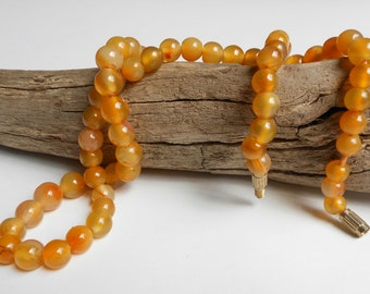 Vintage carnelian bead necklace, natural agate vintage necklace, semi precious stone beads