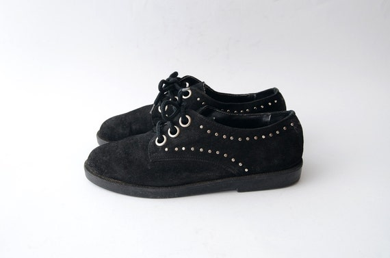 Vintage studded Black suede flat lace up shoes