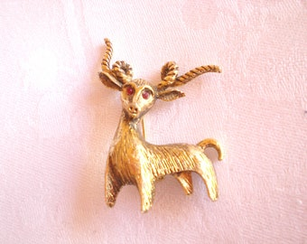Vintage astrological  gold tone Ram, Aries, Wild Goat Pin / Brooch
