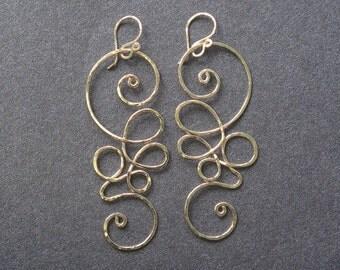 Hammered swirl earrings Nouveau 111