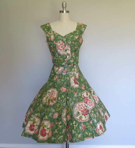 r e s e r v e d, please do not buy, 50s floral dress size small / vintage floral dress