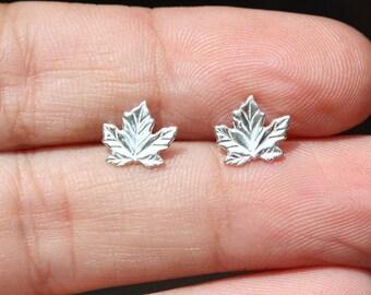 Sterling Silver Leaf Stud Earrings / 925 Sterling Silver Stud Earrings /  Tiny maple leaf studs