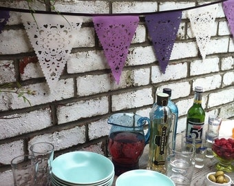 Hot pink and bright orange festival bunting by baloolahbunting for Deco table argent et blanc